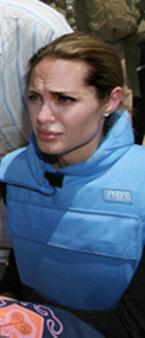 Angelina_jolie_in_iraq
