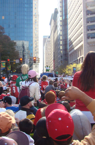 Crowd_and_philly_phanatic_s
