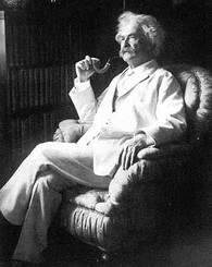 Mark_twain_in_chair